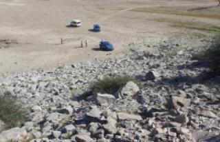 Baraj Gölünde El Bombası Buldu