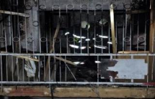 Yangında Baba Ve 2 Oğlu Yaralandı
