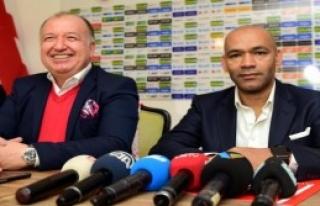 Antalyaspor Morais İle 1.5 Yıllık Sözleşme İmzaladı