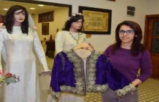 Asırlık Elbise Müzelik Oldu