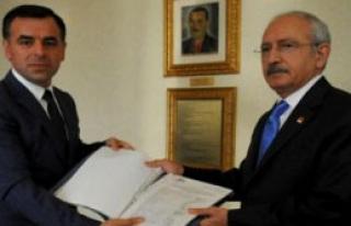 İmzalar Kılıçdaroğlu'na Teslim Edildi
