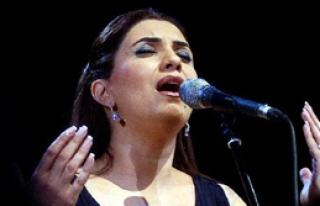 Arap Müziğinin 'Diva'sı Geliyor