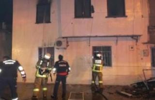Bacadan Çıkan Yangın 4 Aileyi Evsiz Bıraktı