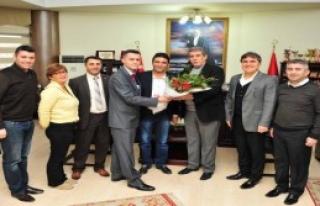 Balçova'da Memurlarla Sözleşme Tamam