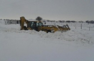 Balıkesir'in İlçelerinde Kar Esareti