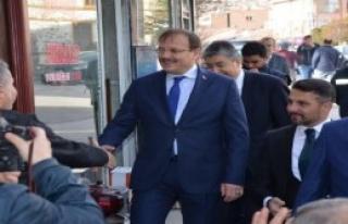 Çavuşoğlu Sivrihisar'da Esnafı Ziyaret Etti