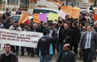 Balık çiftliği protestosu
