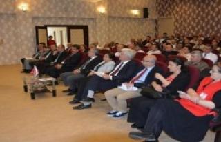 Bergama'da 'Toplum Liderleri' Semineri