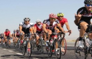 Bisikletseverler Çeşme'de Buluşacak