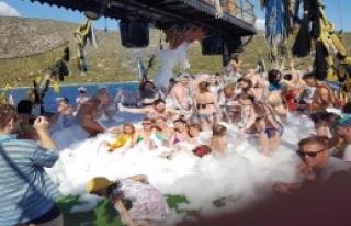 Bodrum'da Bitmeyen Yaz