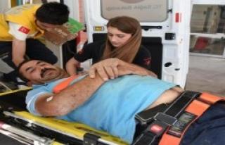 Belediye İşçisi Yaralandı