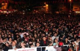 Burdur'da Meşaleli 19 Mayıs Yürüyüşü