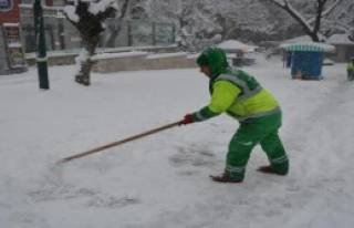 Bursa'da 320 Köy Yolu Kardan Kapandı