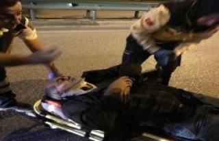 Taksiye Kamyonet Çarptı: 2 Yaralı