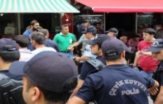 Bursa'da Çevik Kuvvet Destekli Zabıta Operasyonu