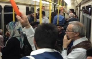 Yolcular Metroda Mahsur Kaldı
