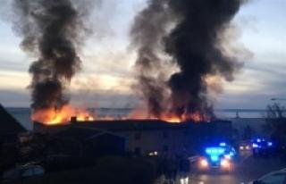 Büyük Yangında 156 Kişi Tahliye Edildi