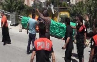Ataşehir'de Taşlı Sopalı Kavga