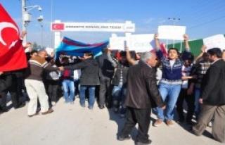 Türkmenler, Rus Saldırılarını Protesto Etti