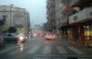 Fırtına Ve Yağmur Etkili Oldu