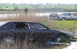 Çanakkale'de kaza: 1 ağır, 2 yaralı