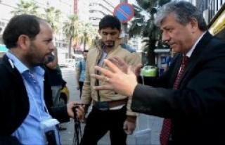 Basmane'deki Suriyelilerle Üç Saat Geçirdi