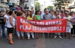 CHP'li Kadınlardan 'Kadınlar Plajı'na Tepki