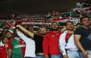 Ankara Arena'da Gerginlik!