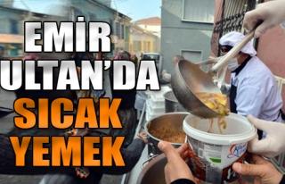 Emir Sultan'da Sıcak Yemek