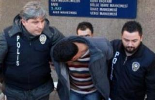 Telefon Dolandırıcısı Suçüstü Yakalandı