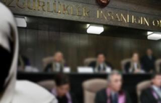 'Anayasa'ya Türban Düzenlemesi Gerek'