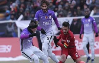 Galatasaray Erzincan'da Buz Kesti