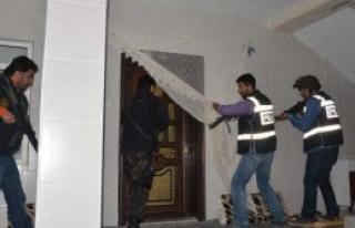Konya'da PKK Operasyonu: 14 Gözaltı