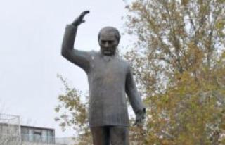 Atatürk, Yalova'da Törenle Anıldı