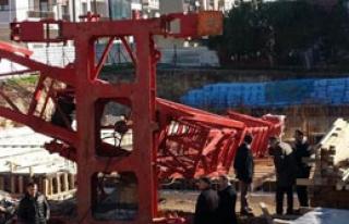 İzmir'de Vinç Kazası Can Aldı