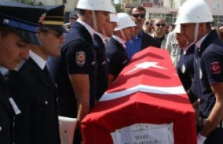 Şehit Polis Mersin'de Toprağa Verildi