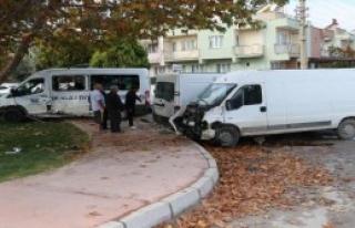 Kaza Yaptı; 1 Ölü, 6 Yaralı