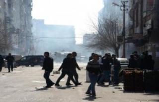 Diyarbakır'da Olaylı Öcalan Eylemi