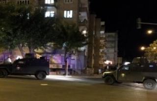 Teröristler Diyarbakır'da Bombayla Saldırdı