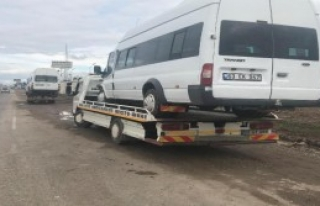 Kaza 11 Öğrenci Yaralandı