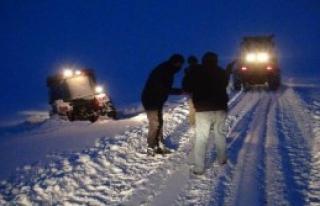 Doğu'da 2120 Köy Yolu Kardan Kapandı