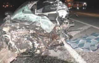 Van'da Minibüsle Otomobil Çarpıştı: 1 Ölü,...