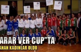 Karar Ver Cup'ta Kazanan Kadınlar Oldu