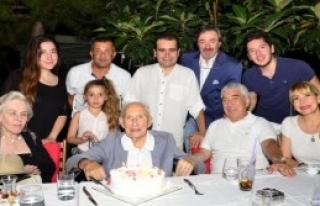 Efsane Başkan Tanrıyar'a Doğum Günü Kutlaması