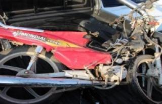 Ehliyetsiz Ve Kasksız Motosikletli Kazada Öldü