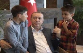 Erdoğan Çocuklarla Bayramlaştı