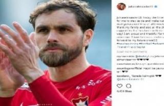 Elmander Futbolu Bıraktığını Açıkladı