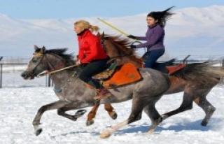 Erzurumlu Kızların Cirit Tutkusu