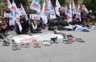 Eskişehir'de Ayakkabılı Eylem
