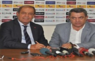 Eskişehirspor Yücel İldiz İle Sözleşme İmzaladı